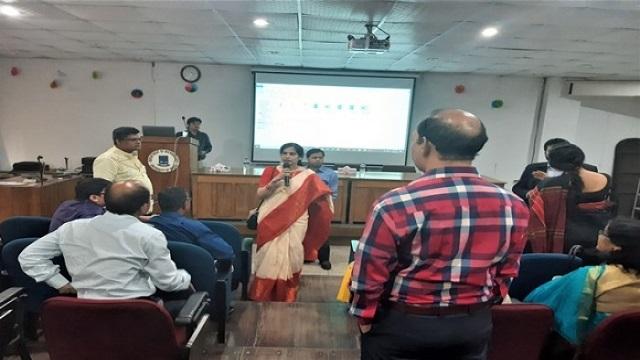 Workshop for DU teachers held