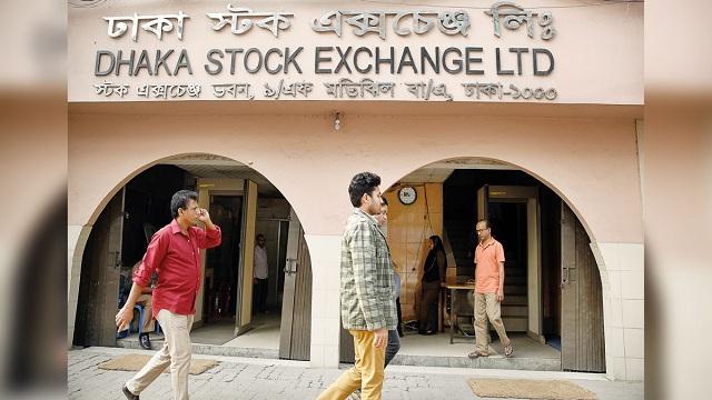 Stock market slump, Investors seek