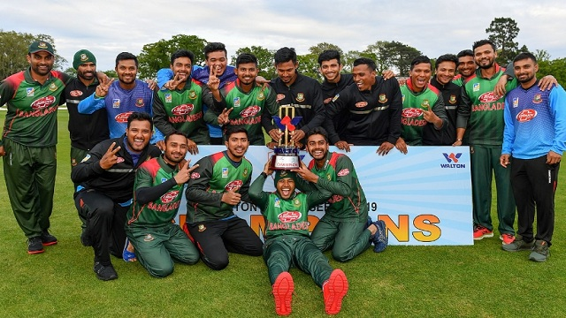 Tigers clinch tri-series final in emphatic fashion