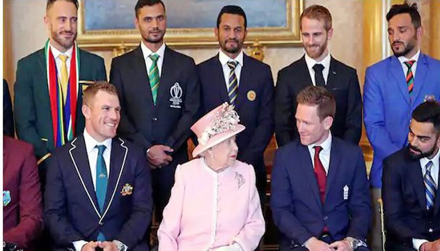 World Cup: Mashrafe meets Queen Elizabeth