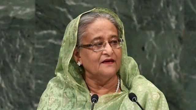 PM hosts iftar for FFs, alem-ulema, orphans