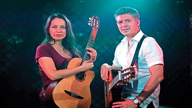 World famous Mexican guitarists Rodrigo