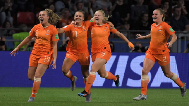 Netherlands, Italy through to quarter-finals as Europe