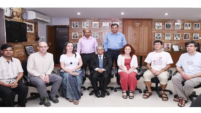 CIMPA Representatives meet DU VC