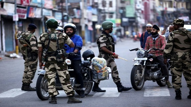 India abolishes Kashmir special status