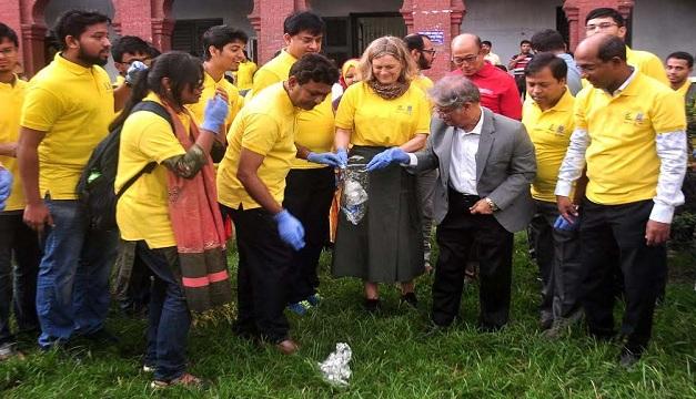DU campus declared plastic free