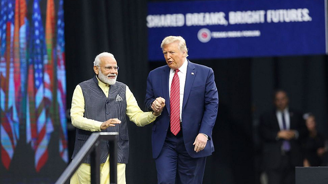 US President Trump, Modi vow relentless fight on extremists in mass rally
