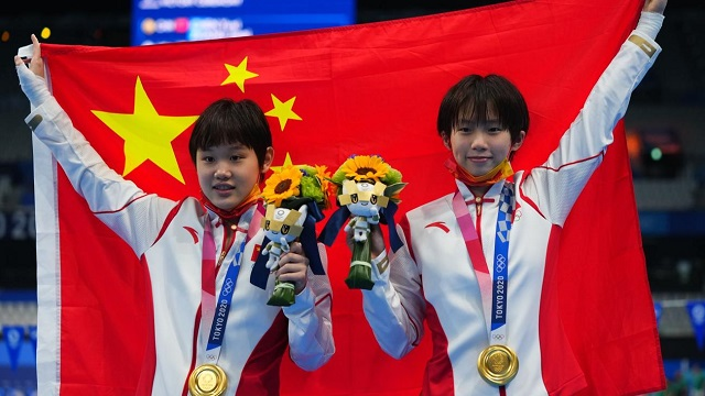 China win hat-trick of Tokyo Olympics diving golds